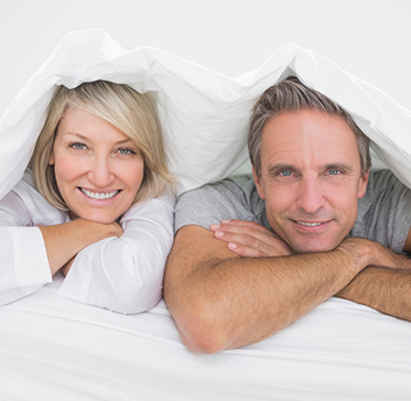 couple-bed