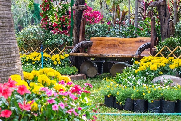 How To Plan Out Your First Flower Garden | The Experienced Gardener